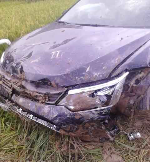 Bàng hoàng giây phút nam thanh niên lái xe Camry tông 3 HS tử vong - 2