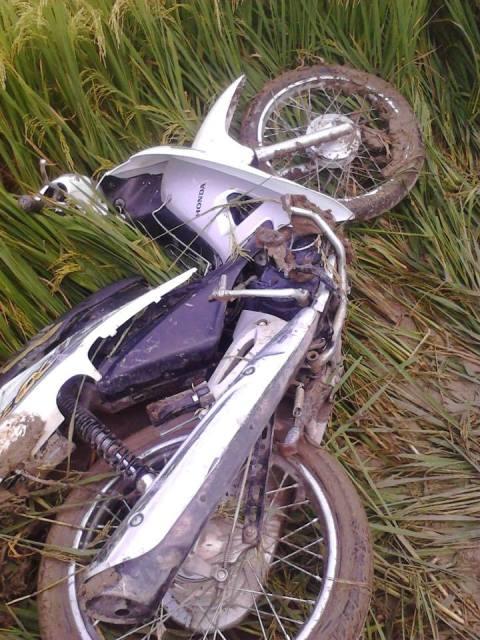 Bàng hoàng giây phút nam thanh niên lái xe Camry tông 3 HS tử vong - 3
