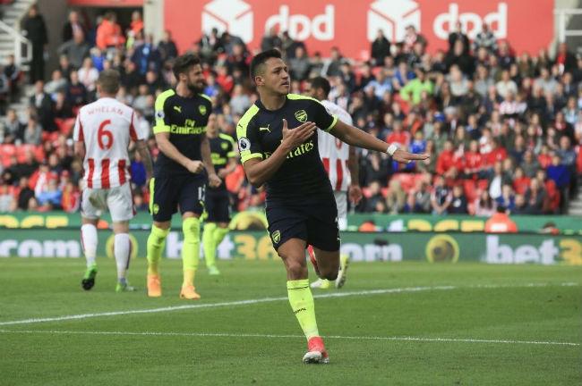 """Arsenal - Sunderland: """"Pháo"""" rền vang, công phá top 4 - 1"""