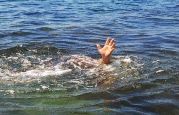 Đi trên nước, mục sư châu Phi bị 3 cá sấu ăn thịt - 2