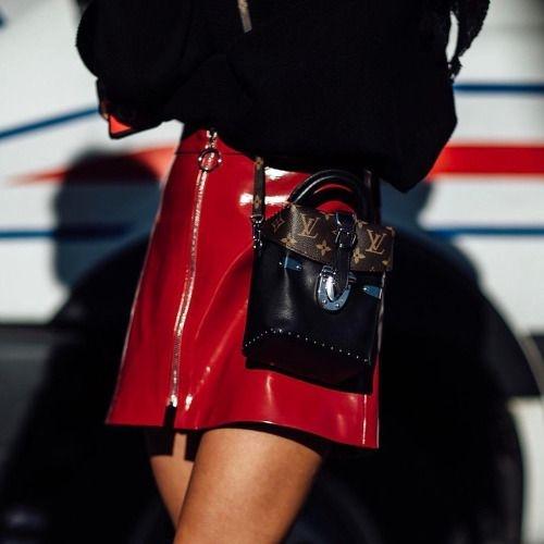 Gigi Hadid gợi ý mẫu túi xách hot nhất 2017 - 8