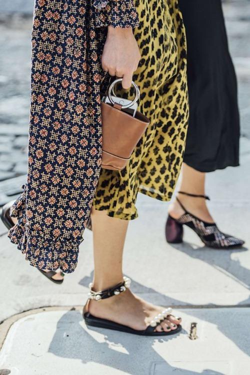 Gigi Hadid gợi ý mẫu túi xách hot nhất 2017 - 14
