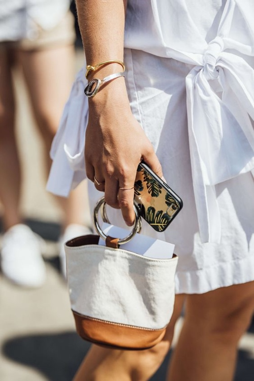 Gigi Hadid gợi ý mẫu túi xách hot nhất 2017 - 11