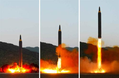 """Triều Tiên thử tên lửa là """"cú đấm trực diện vào nước Mỹ"""" - 1"""