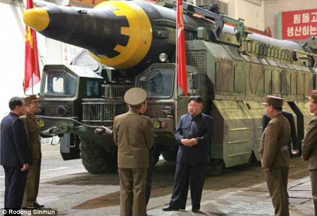 """Triều Tiên thử tên lửa là """"cú đấm trực diện vào nước Mỹ"""" - 2"""