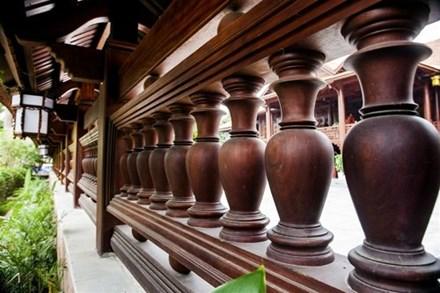 Cận cảnh ngôi nhà gỗ lim có giá 200 tỷ của đại gia Điện Biên - 10