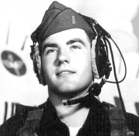 """Cựu binh Mỹ kể """"chạm trán UFO"""" trong Chiến tranh Việt Nam - 2"""