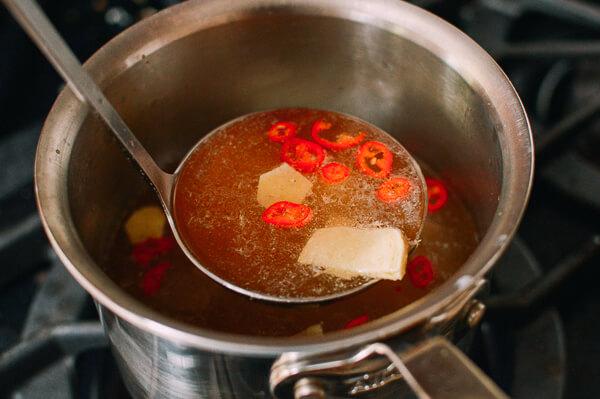 Tự nấu phở gà kiểu mới ngon mê ly với công thức siêu đơn giản - 2