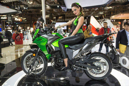 Phái mạnh Việt có nên mua Kawasaki Versys-X 300? - 3