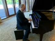 Putin không vui vì lộ video chơi piano khi chờ ông Tập