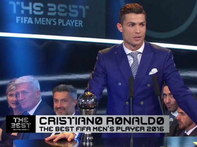 Đổi luật Quả bóng Vàng FIFA: Ronaldo được ăn cả, ngã về không - 1