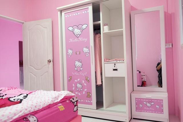 Bố mẹ của năm: Bỏ trăm triệu xây nhà Kitty hồng rực cho con gái - 4