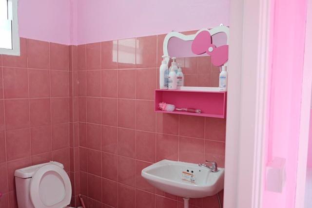 Bố mẹ của năm: Bỏ trăm triệu xây nhà Kitty hồng rực cho con gái - 9