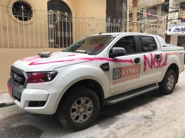 """Trích xuất camera tìm người sơn chữ """"NGU"""" lên xe Ford Ranger"""