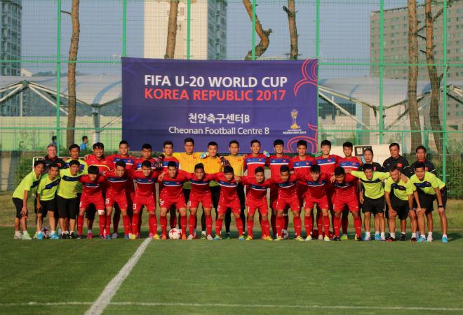 """U20 Việt Nam: """"Đàn em"""" Công Phượng băng chân tập cực sung - 1"""