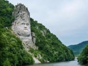"""""""Mắt tròn mắt dẹt"""" ngắm 20 bức tượng vĩ đại nhất thế giới"""