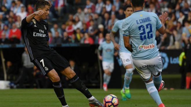 Nghi án Celta Vigo giúp Real: Ronaldo đối mặt rắc rối, Zidane im tiếng - 2