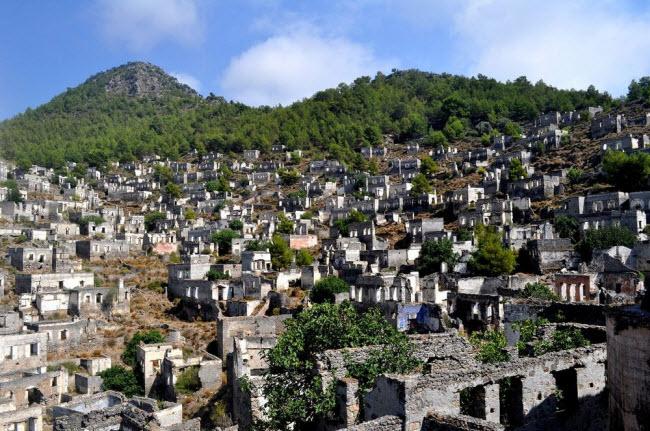 """Câu chuyện bí mật về thị trấn """"ma"""" hoang phế ở Thổ Nhĩ kỳ - 1"""