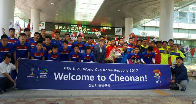 """U20 Việt Nam được Xuân Trường cổ vũ, thấy New Zealand """"thường thôi"""" - 2"""