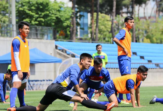 """U20 Việt Nam được Xuân Trường cổ vũ, thấy New Zealand """"thường thôi"""" - 4"""