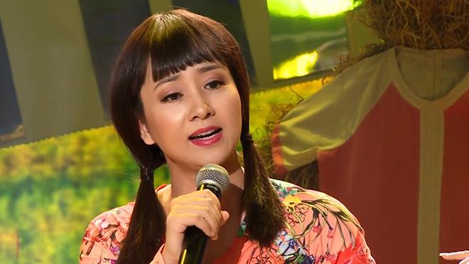 """Chân sút Phan Thanh Bình hát bolero như đánh vật, Việt Hương vẫn khen """"lên mây"""" - 2"""