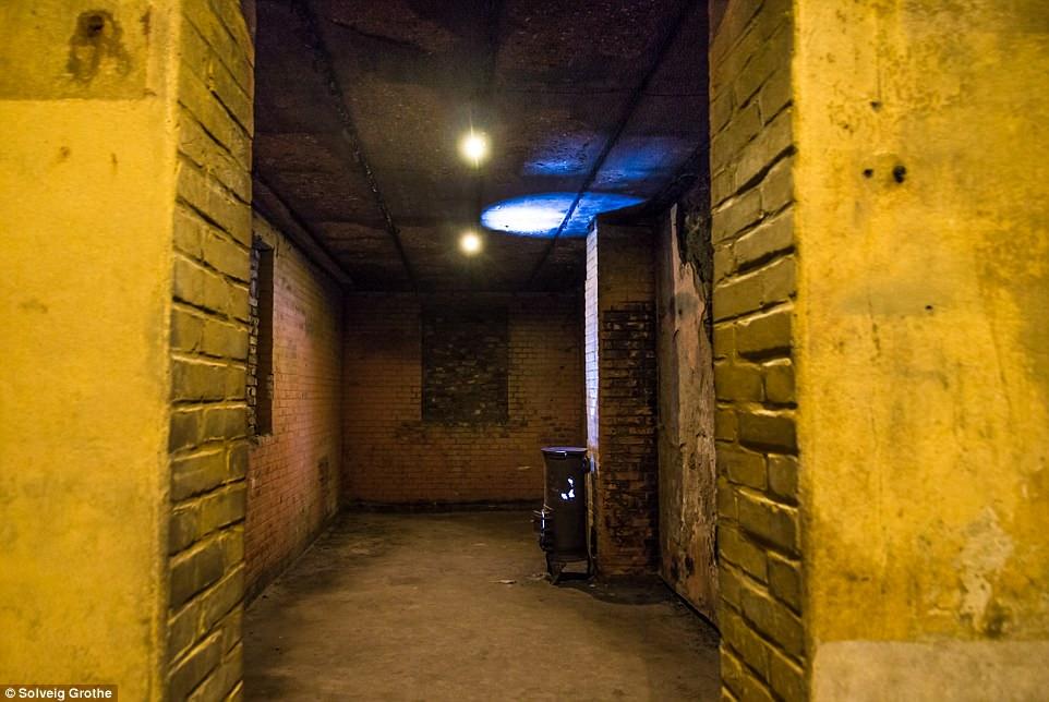Choáng ngợp thành phố bí mật dưới lòng đất của trùm phát xít Hilter - 5