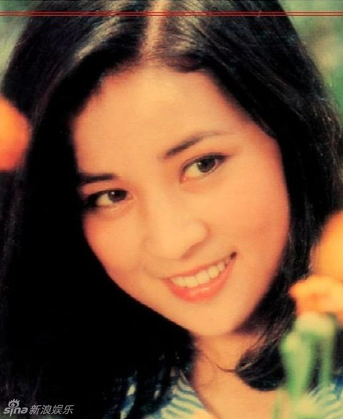 """Cô vũ nữ trót có bầu với """"vua kungfu"""" và đời thực sóng gió ít người biết - 1"""
