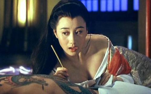 """Chuyện thị phi của cô vợ Hoa hậu và sao võ thuật bị võ sĩ MMA """"sỉ nhục"""" - 9"""
