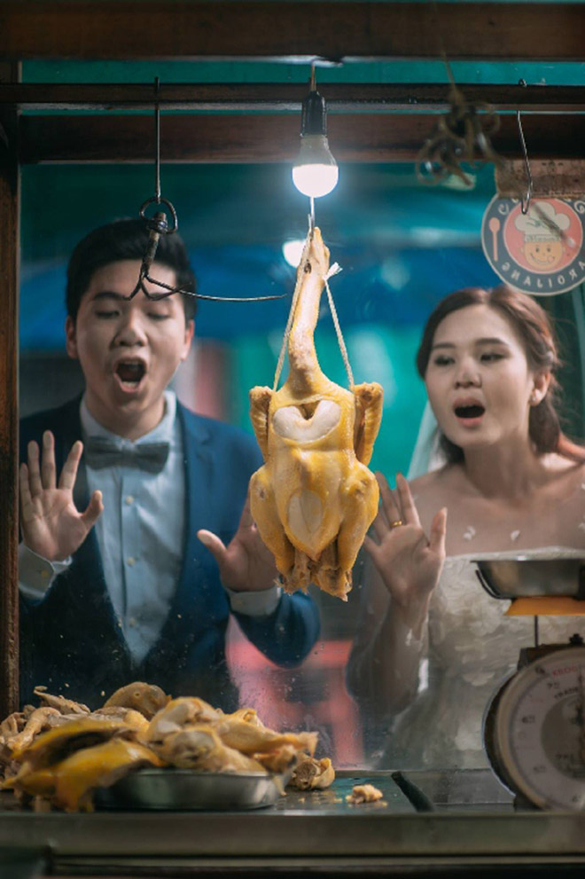 Cặp đôi Thái gây sốt vì chụp ảnh cưới với muôn kiểu món ăn - 1