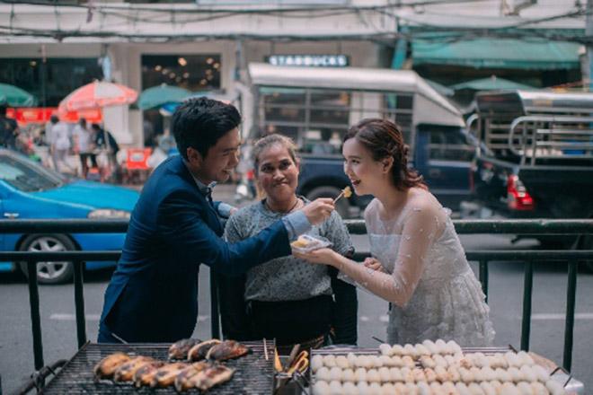 Cặp đôi Thái gây sốt vì chụp ảnh cưới với muôn kiểu món ăn - 7