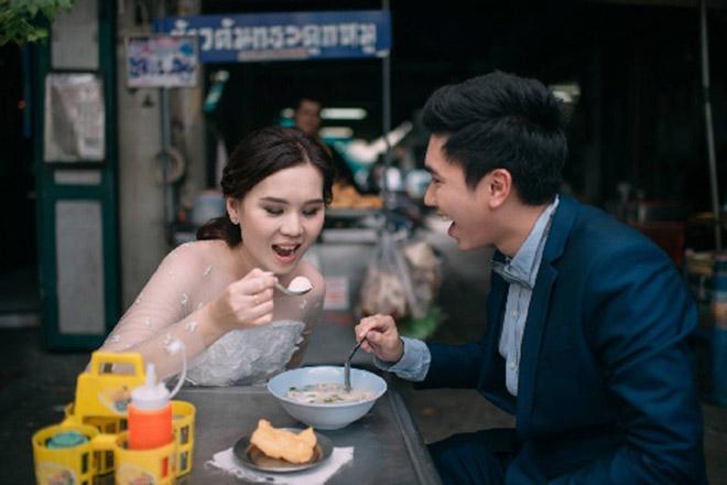Cặp đôi Thái gây sốt vì chụp ảnh cưới với muôn kiểu món ăn - 5