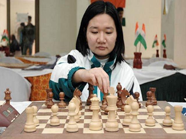 Hot-girl cờ vua Việt gây choáng thế giới: Kim Phụng đả bại 3 nam đại cao thủ - 3
