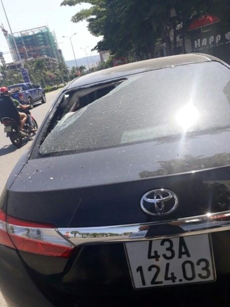 Hàng loạt ô tô người dân Đà Nẵng bị kẻ xấu đập phá - 4