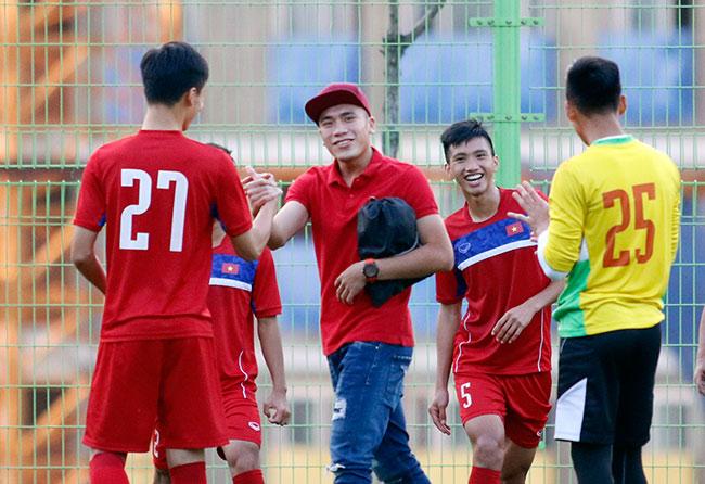 """Đấu New Zealand, U20 Việt Nam bất ngờ nhận """"liều doping"""" - 4"""