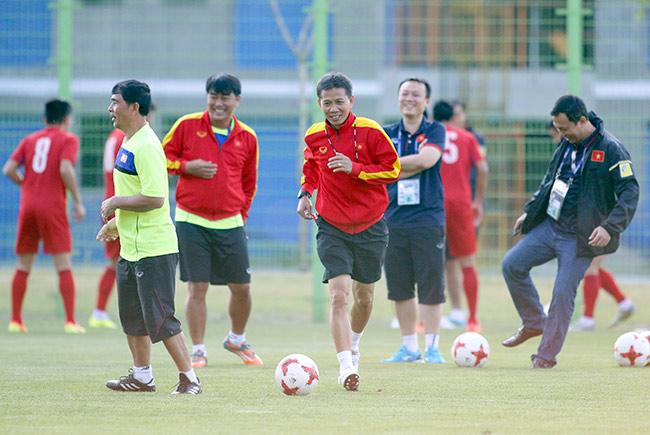 U20 Việt Nam xung trận: HLV Tuấn truyền bài tủ đấu New Zealand - 3