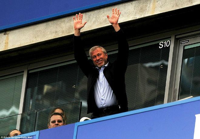 """Chelsea: Conte """"tăng động"""", Terry nghẹn ngào ngày nhận cúp - 5"""
