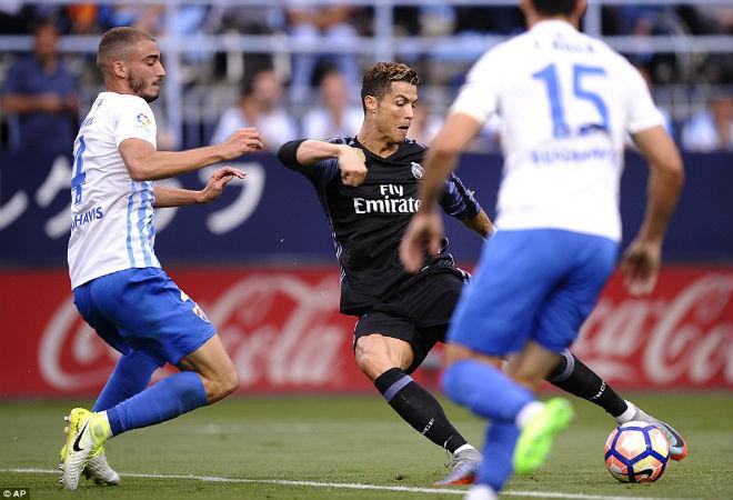 "Real ""lên đỉnh"" Liga sau nửa thập kỉ: Ronaldo, Zidane vỡ òa - 4"