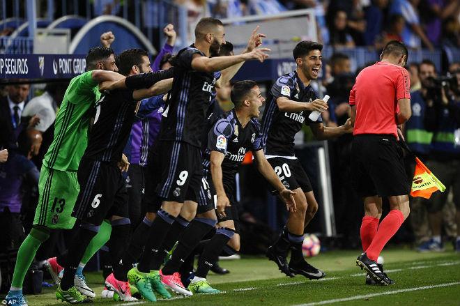 "Real ""lên đỉnh"" Liga sau nửa thập kỉ: Ronaldo, Zidane vỡ òa - 10"