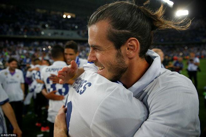 "Real ""lên đỉnh"" Liga sau nửa thập kỉ: Ronaldo, Zidane vỡ òa - 12"