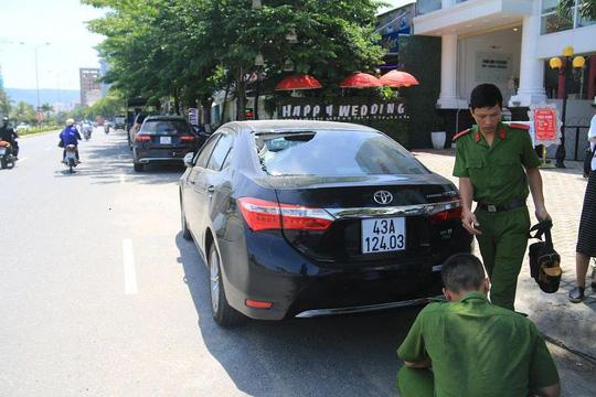 Truy tìm 9 đối tượng ném gạch vào hàng loạt ô tô ở Đà Nẵng - 1
