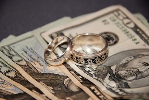 Kết hôn với con gái người ăn xin và cái kết bất ngờ - 1