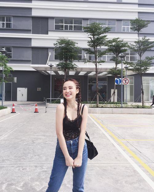 Angela Phương Trinh tự tin dạo phố với váy ngủ cũn cỡn - 7
