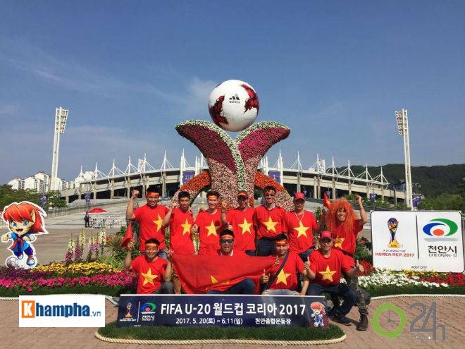 """TRỰC TIẾP U20 Việt Nam - U20 New Zealand: Thách thức """"người nhện"""" Woud - 16"""