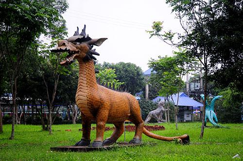 """Khu vườn toàn """"quái thú"""" độc, lạ và dị nhất Việt Nam - 10"""