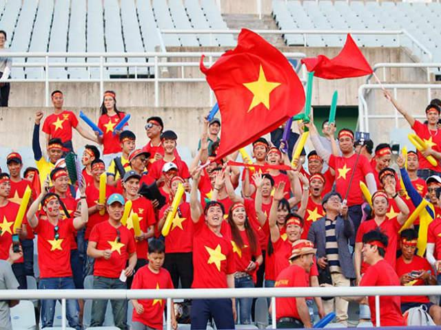 Fan nữ xinh hừng hực khí thế cổ vũ U20 Việt Nam đá U20 New Zealand