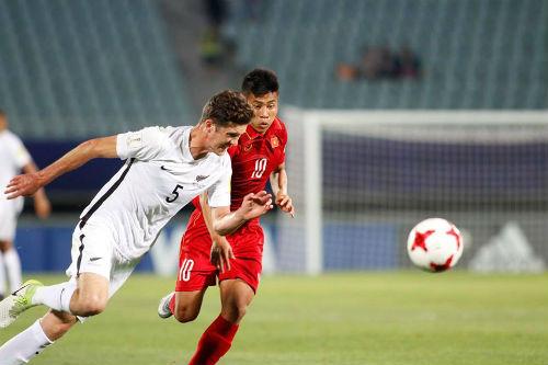 """TRỰC TIẾP U20 Việt Nam - U20 New Zealand: Thách thức """"người nhện"""" Woud - 6"""