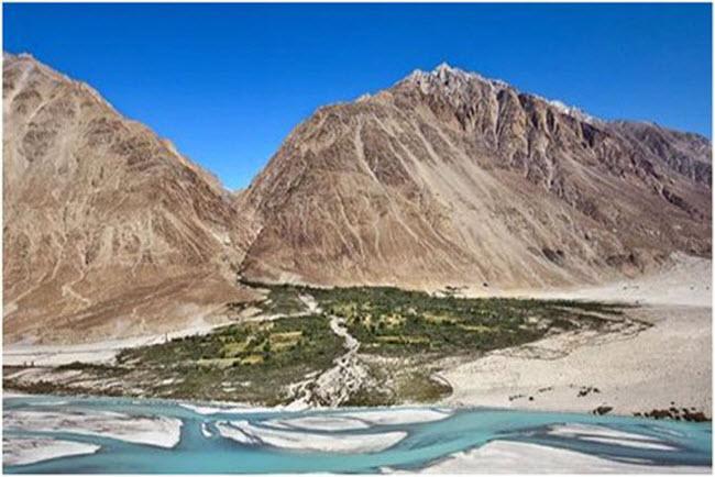 10 thung lũng tuyệt đẹp du khách không thể bỏ qua - 2