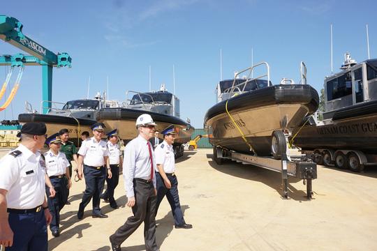 Mỹ bàn giao 6 tàu tuần tra cao tốc cho Cảnh sát Biển Việt Nam - 1