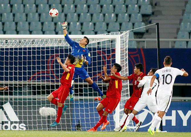 U20 Việt Nam đấu U20 New Zealand với...13 cầu thủ - 3