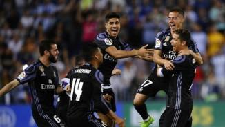 "Real ""lên đỉnh"" Liga sau nửa thập kỉ: Ronaldo, Zidane vỡ òa"